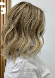 textured lob and loose waves